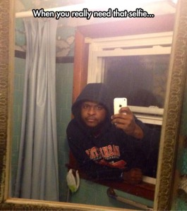 8546-funny-selfie-picture-man-mirror-wallpaper-540x608